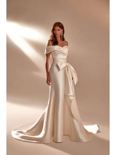 April - In The Name of Love - abito da sposa collezione 2020 2021 - Milla Nova