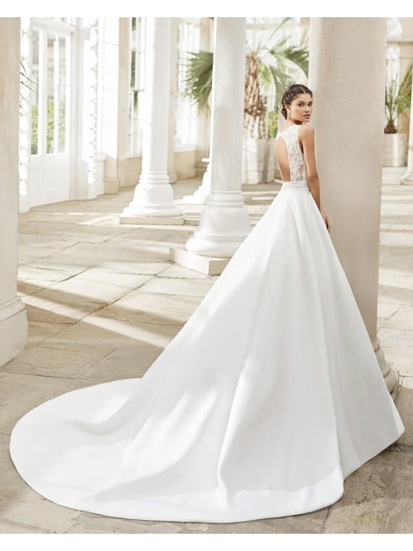 Tiara - abito da sposa collezione 2021 - Rosa Clarà