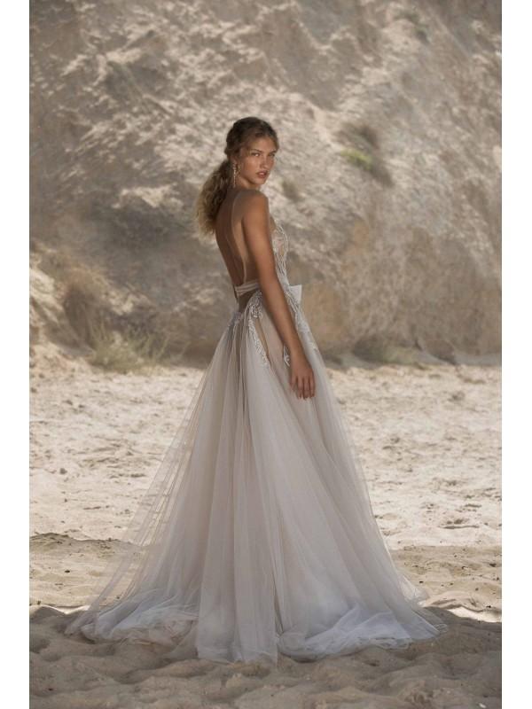 Hailey - abito da sposa collezione 2021 - Muse by Berta