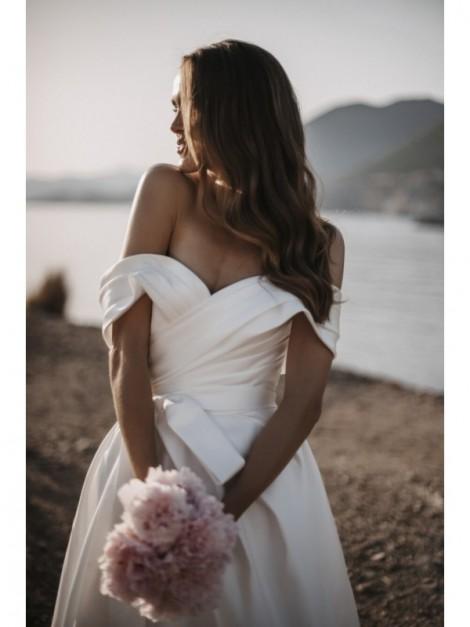 Linea - abito da sposa collezione 2022 - Millanova - Olives