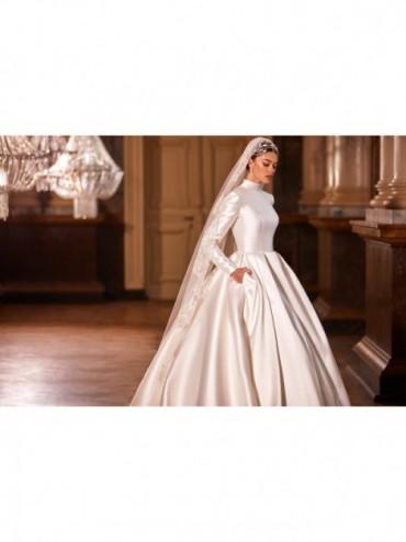 Aisha - abito da sposa collezione 2022 - Royal